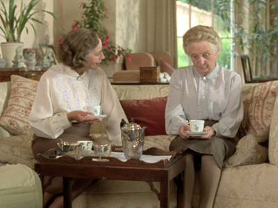 Saison 1 episodes de la s rie agatha christie 39 s miss for Miss marple le miroir se brisa