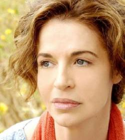 http://www.circoloculturaestampabellunese.it/?p=1021  Anna GALIENA