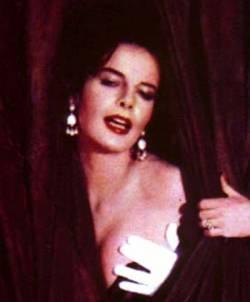 Lorraine De Selle Nude Photos 58