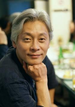 LEE Hwang-ee